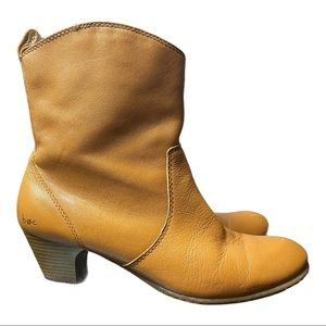 boc Camel Brown Leather Stacked Heel Ankle Bootie